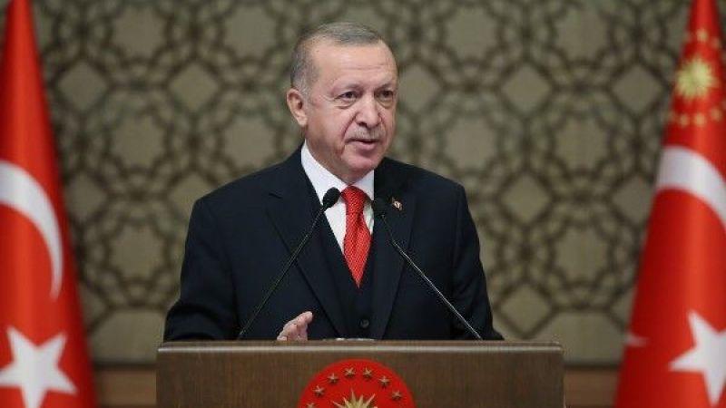 Cumhurbaşkanı Erdoğan, 2020 Tokyo Olimpiyat Oyunları'nda madalya alan milli sporcularla bir araya geldi