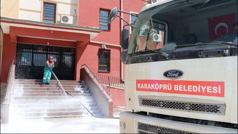 Karaköprü'de Eğitim Sezonu Öncesi Okullarda Kapsamlı Temizlik