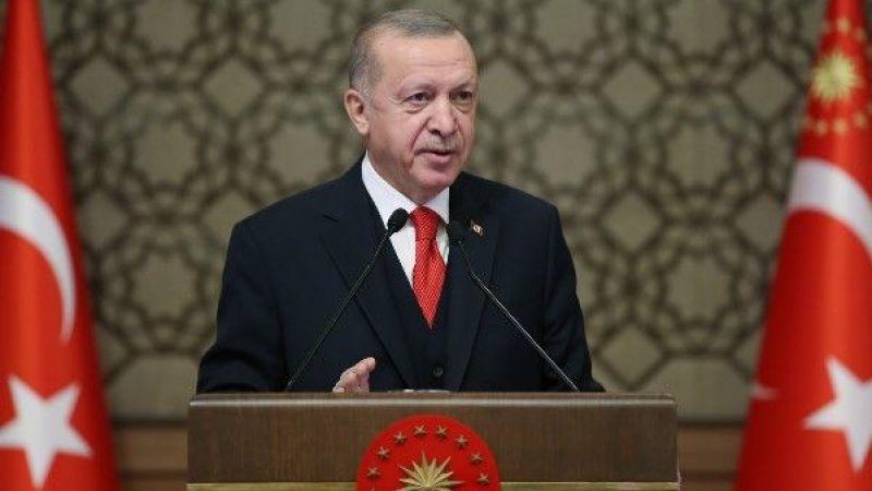 Cumhurbaşkanı Erdoğan, Ahlat'ta büyükelçilere hitap etti