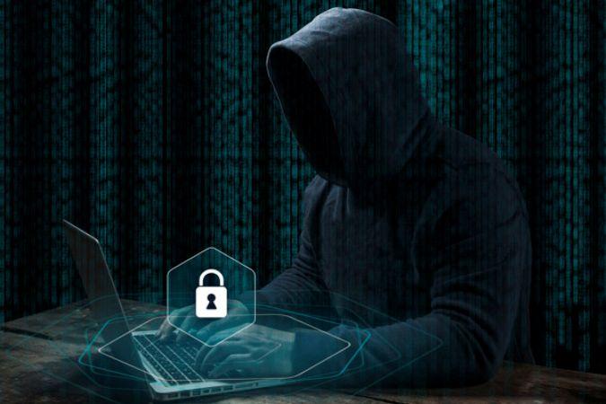 Siber dolandırıcılar Afganistan'dan ayrılan Devlet Başkanı Eşref Gani'yi taklit ediyor