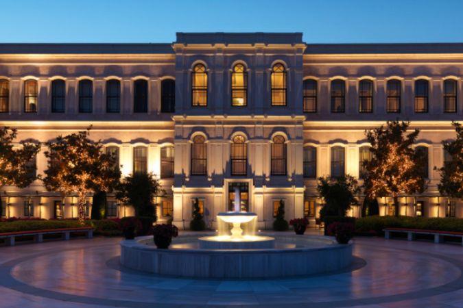 Four Seasons Hotel Istanbul at the Bosphorus'a altı ödül