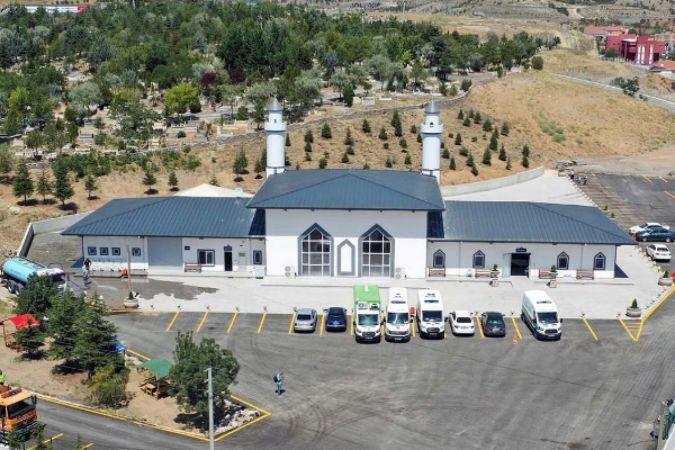 Gölbaşı Mezarlığı Hizmet Binası'nda yenileme çalışmaları tamamlandı