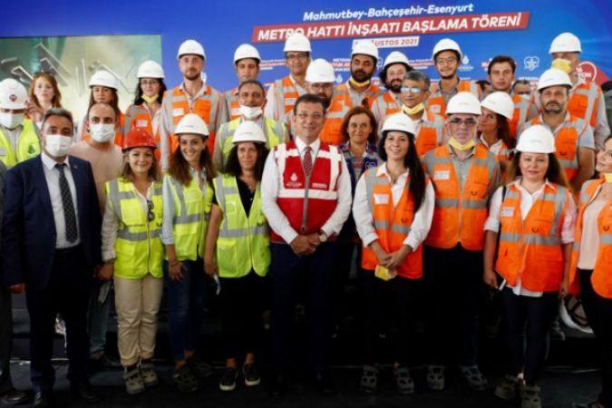 İmamoğlu, Zafer Bayramı'nda yeni metro inşaatına ilk harcı döktü