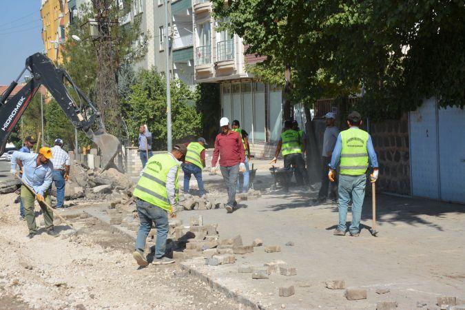 Siverek'te üst yapı yenileme çalışmaları sürüyor