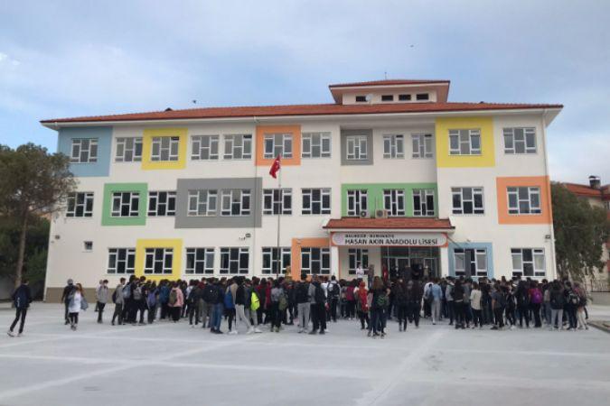 Akfen İnşaat, Hasan Akın Anadolu Lisesi'ni tamamlayarak Türk Milli Eğitimi'nin hizmetine sundu