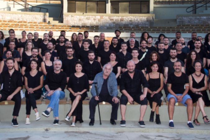 İzmir Şehir Tiyatroları 1 Ekim'de perde açıyor