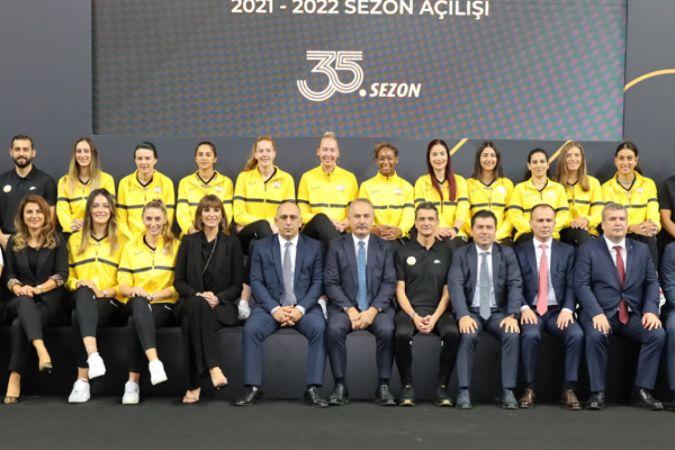 VakıfBank'ta 35'inci sezonun perdesi yeni zaferler için açıldı