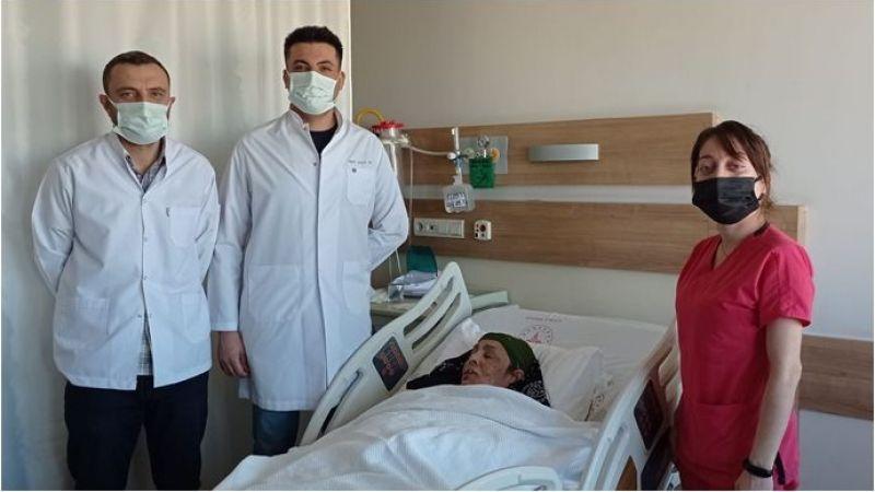 İleri Evre Dudak Kanseri Ameliyatı Başarıyla Yapıldı