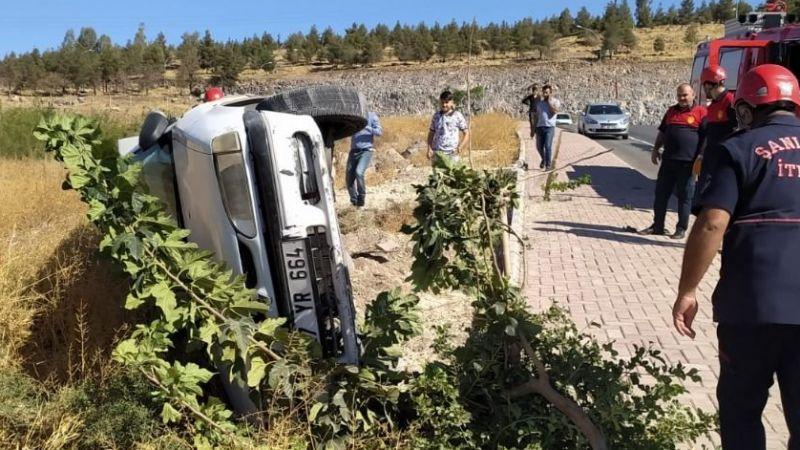 Urfa'da Takla atan otomobilin sürücüsü yaralandı