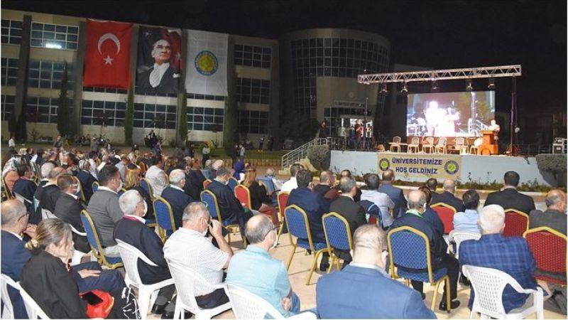 Harran Üniversitesi,2021-2022 Yılı Akademik Açılış Törenini Yaptı