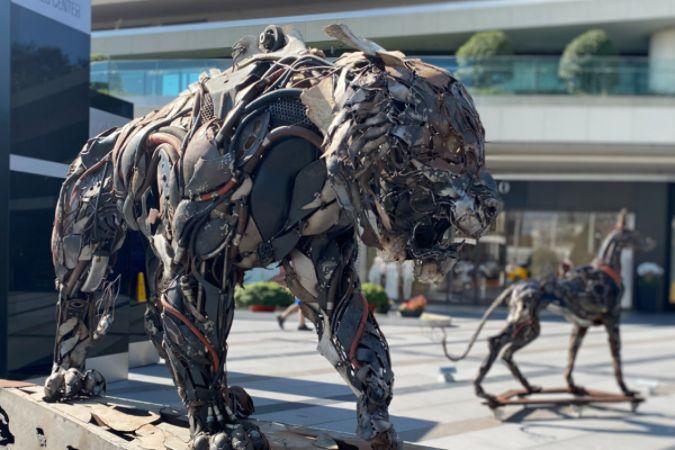 'İleri Dönüşüm Heykel Sergisi' Zorlu Center'da