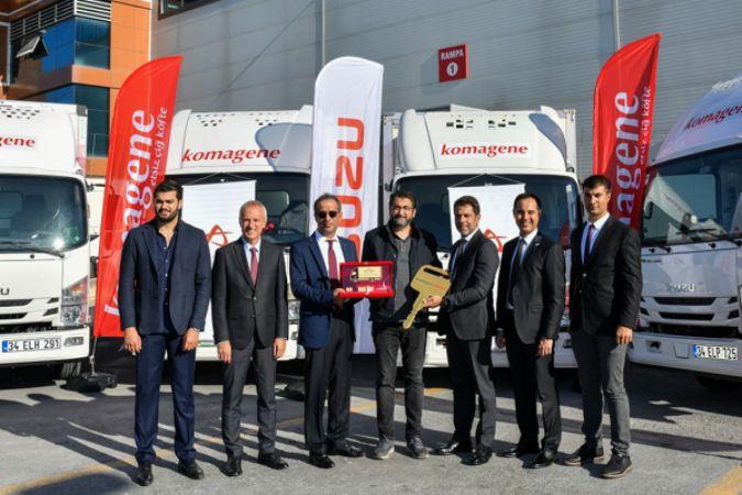 Anadolu Isuzu'dan Yörpaş Yöresel Yiyecekler'e kamyon teslimatı
