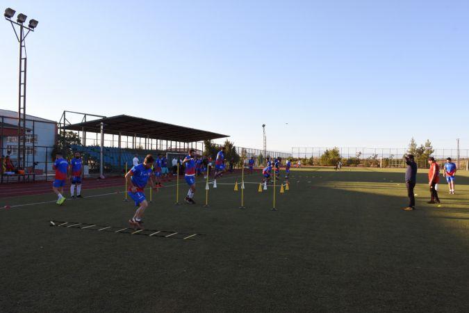 Başkan Bayık Hilvan Belediye spora başarı diledi