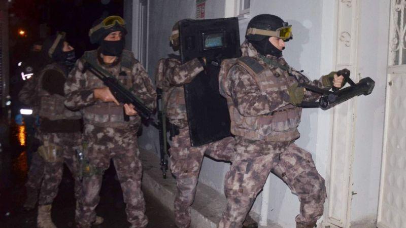 Bursa merkezli FETÖ/PDY operasyonunda 12 gözaltı.