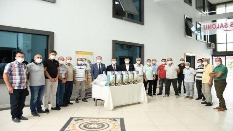 İnegöl öğrencilere ücretsiz maske dağıtıyor
