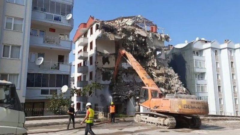 Bursa'da çöken binanın yeni görüntüleri ortaya çıktı