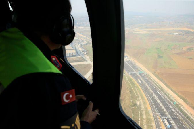 Otoyolda helikopter destekli denetim