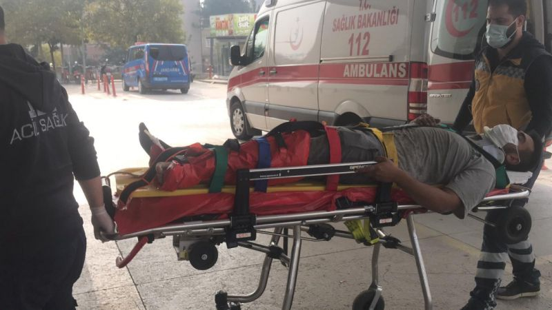 Bursa'da çatıdan düşen işçi yaralandı