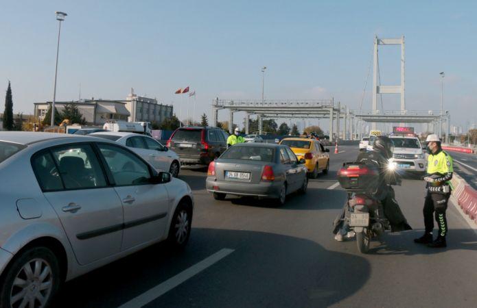 İstanbul'da sokağa çıkma kısıtlamasına genel olarak uyuldu