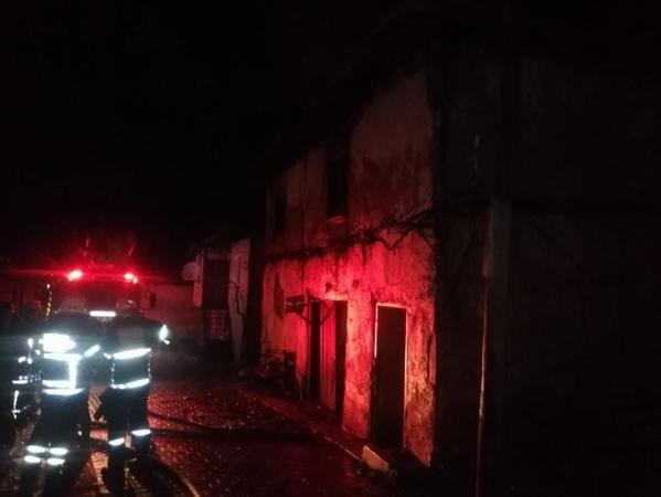 Kütahya'da yangında yaşlı kadın öldü