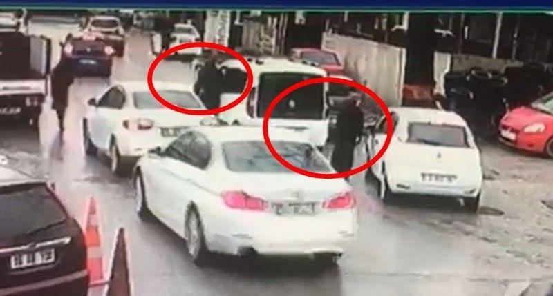 Bursa'da kadın sürücü çalınan aracın peşinden metrelerce koştu