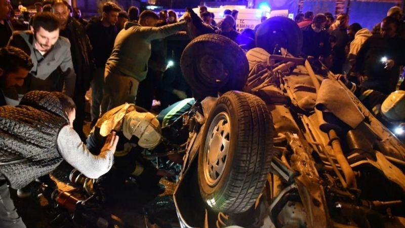 Manisa'da kaza: 2 ölü, 4 yaralı