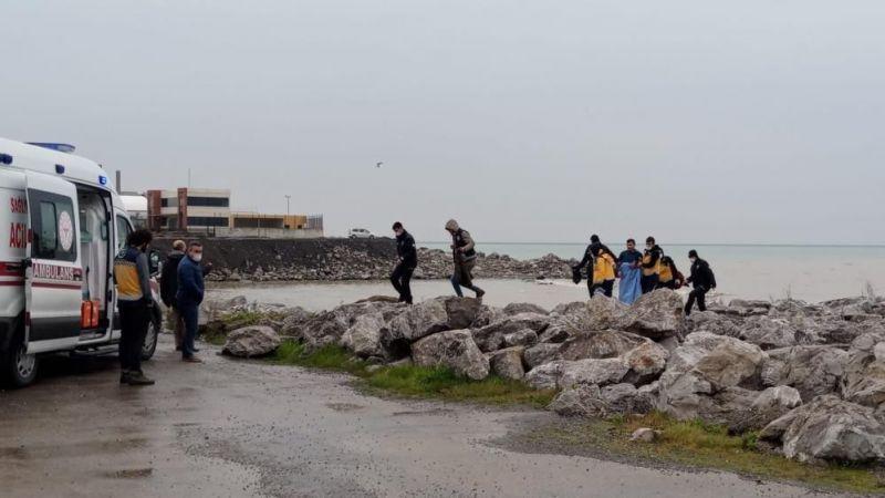 Zonguldak'taki yarı çıplak genç ekipleri harekete geçirdi