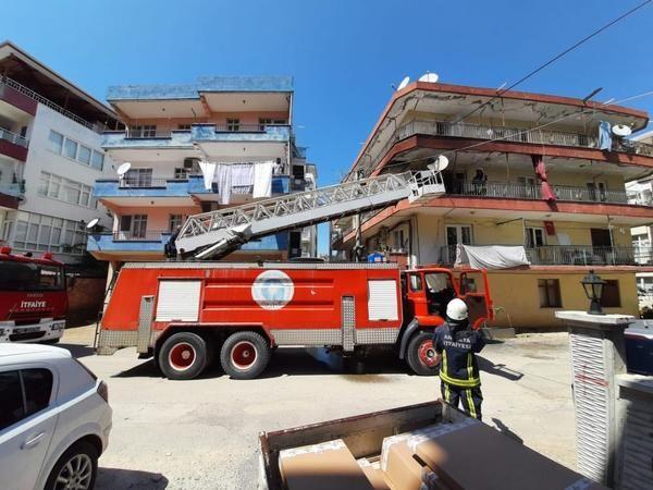 Antalya'da torunuyla gezmeye gitti evi yandı