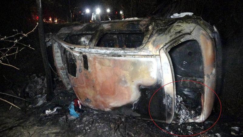 Sürücü yanarak öldü bagajından kilolarca uyuşturucu çıktı