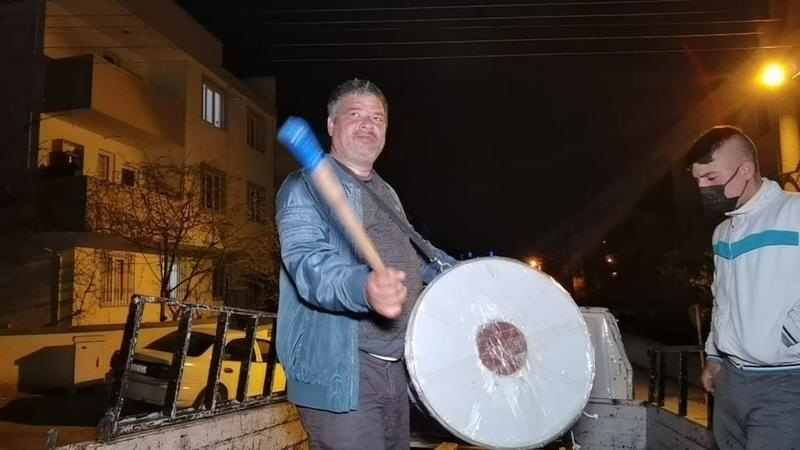 Bursa'da ramazan davulcularından isyan!