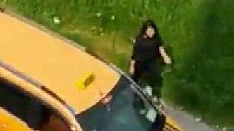 Mersin'de yol ortasında taksiciden kadına dehşet