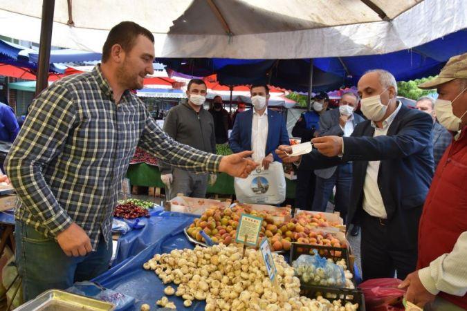Bursa'nın Yenişehir ilçesinde alışverişler ilçe esnafından yapılıyor