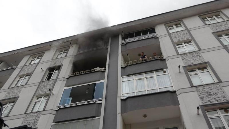 Samsun'da buzdolabı yangını