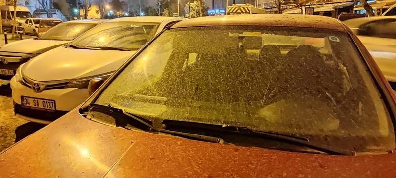 İstanbul'da çamur yağdı
