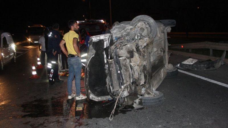 Otomobil taklalar attı 2 kişi yaralandı