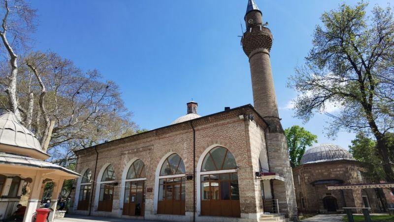 Bursa'da İshak Paşa Türbesine saldırı