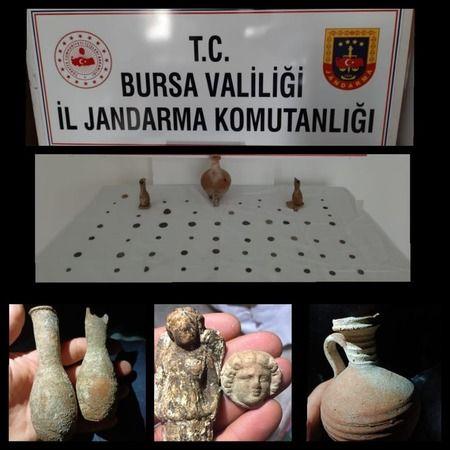 Bursa'da tarihi eser kaçakçıları yakalandı