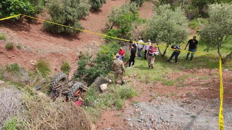 Hatay'da traktörün altında kalan çiftçi hayatını kaybetti