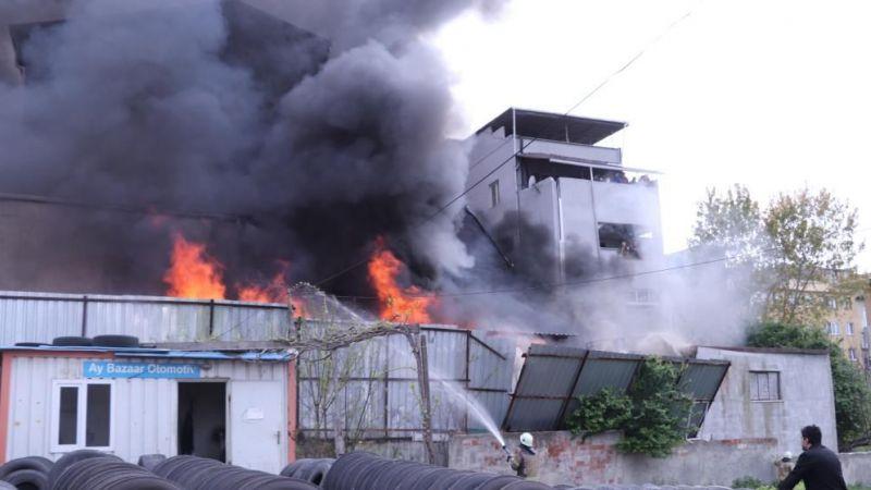 İstanbul'da depoda yangın