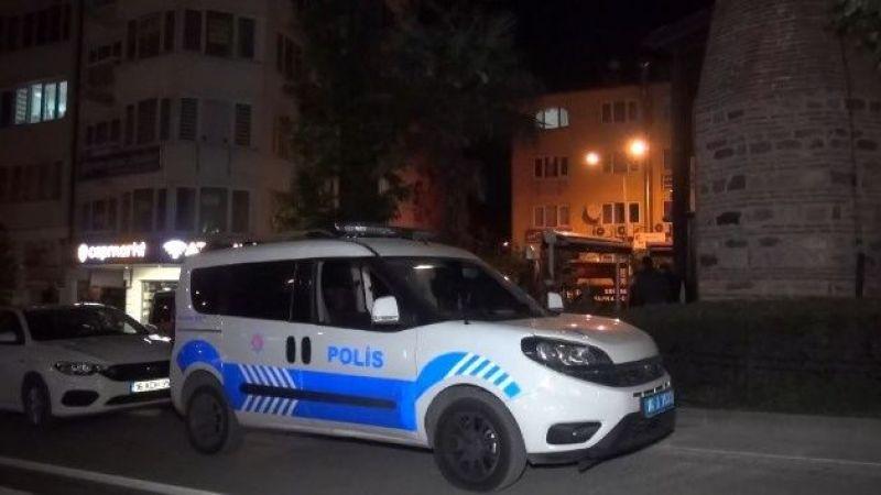 Bursa'da hırsızlar caminin aydınlatmasını çaldılar