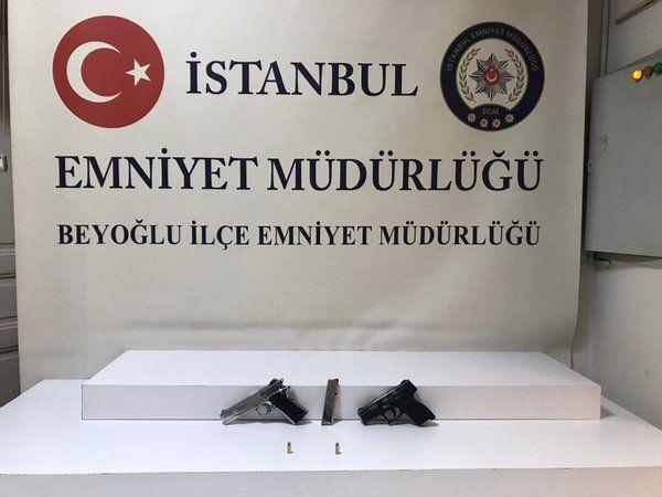 İstanbul'da kendisini döven şahsı tabanca ile vurdu