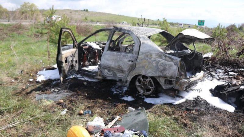 Bolu'da kaza yapan araç küle döndü