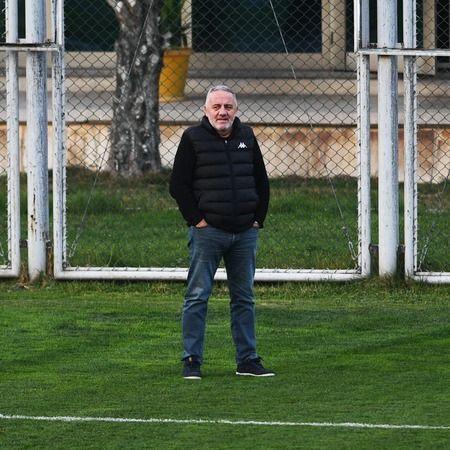Bursaspor Sportif Direktörü Adil Cenkçiler görevinden ayrıldı