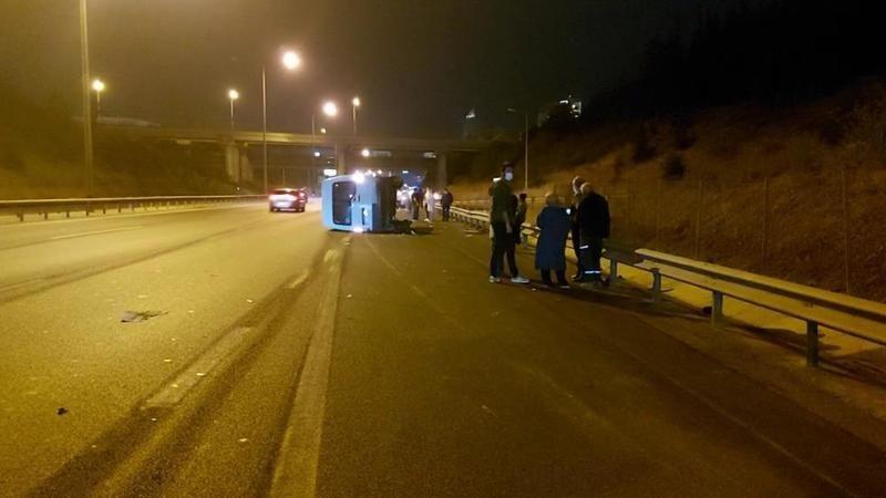 İstanbul'da zincirleme kaza: 3 kişi yaralandı
