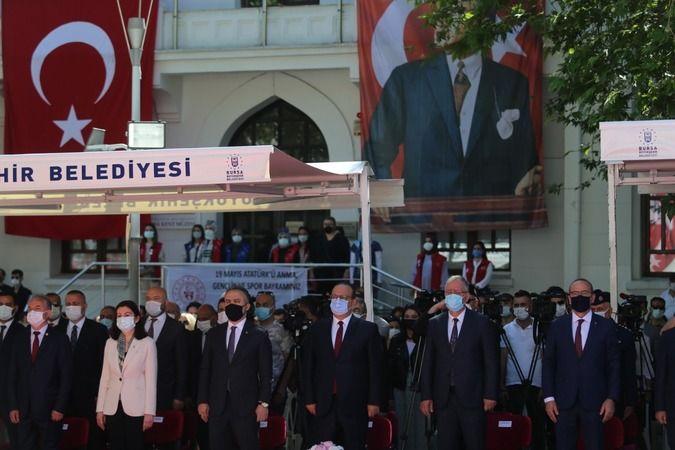 Bursa'da coşkulu 19 Mayıs kutlamaları