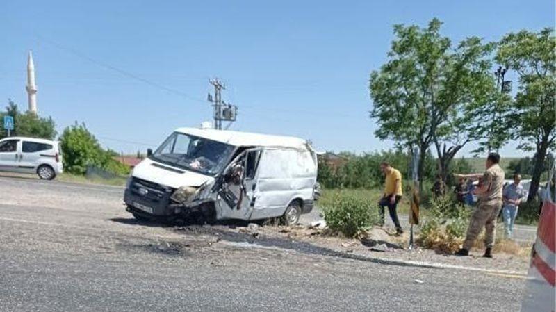Diyarbakır'da kaza: 1 ölü 3 yaralı