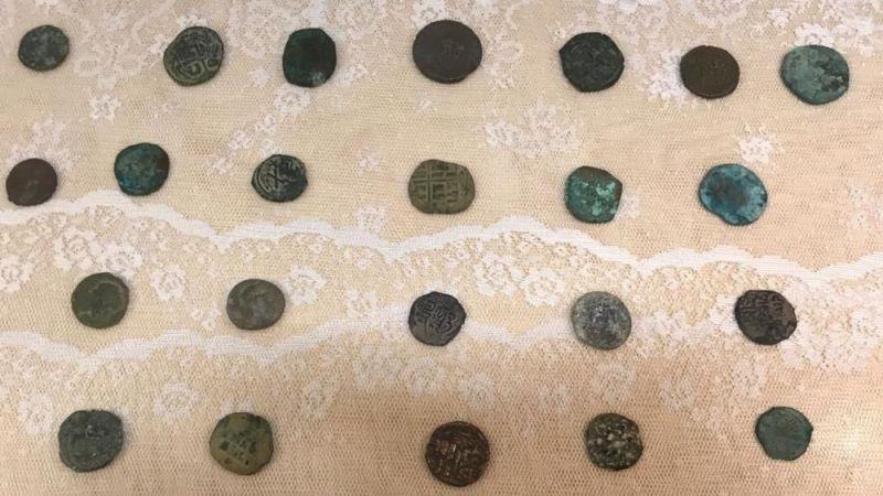 Malatya'da gümüş sikkeler ele geçirildi