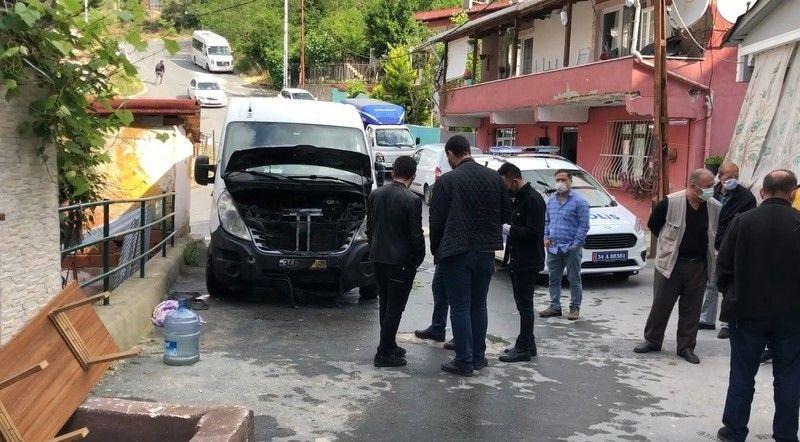 İstanbul'da amcasının minibüsünü kundakladı