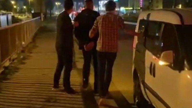 Bursa'da polisten kaçarken polis otosuna çarptılar