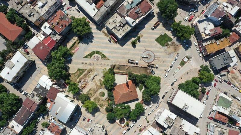 Bursa'da Kestel Meydanı için ilk kepçeyi başkan Tanır vurdu